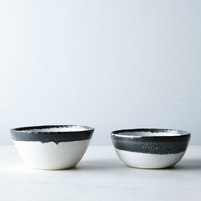 Hand-thrown Black and White Bowls (Set of 2 or 4)
