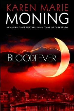 Reading books Bloodfever (Fever, #2)