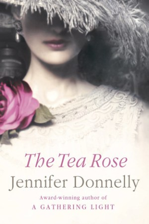 Reading books The Tea Rose (The Tea Rose, #1)