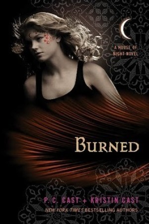 Reading books Burned (House of Night, #7)
