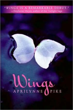 Reading books Wings (Wings, #1)