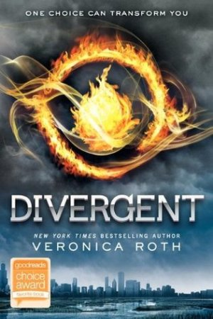 Reading books Divergent (Divergent, #1)