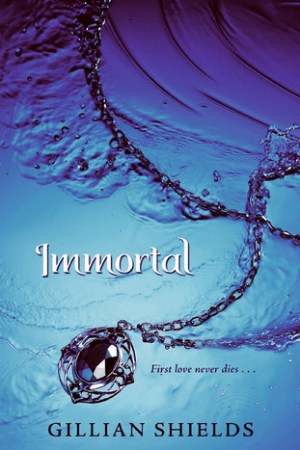 Reading books Immortal (Immortal, #1)
