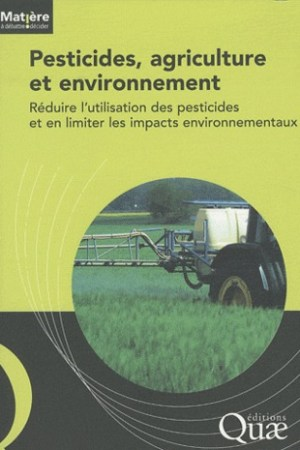 Reading books Pesticides, agriculture et environnement