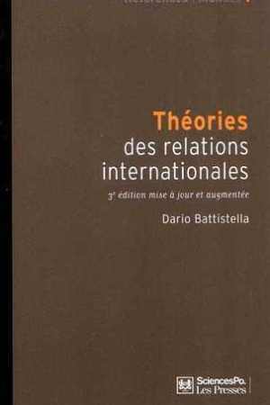 Reading books Thories des relations internationales