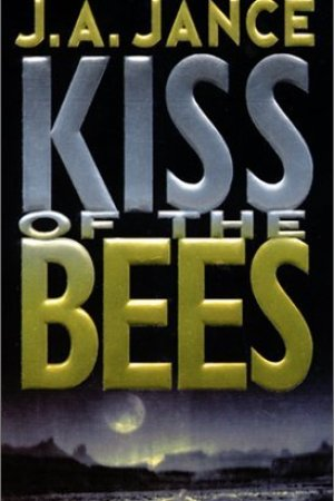 read online Kiss of the Bees (Walker Family, #2)