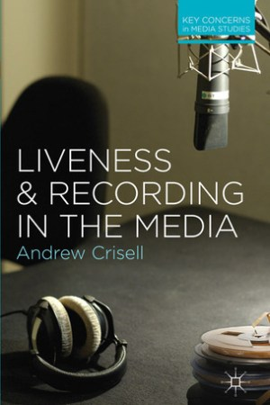Reading books Liveness and Recording in the Media