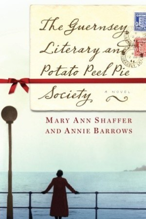 Reading books The Guernsey Literary and Potato Peel Pie Society
