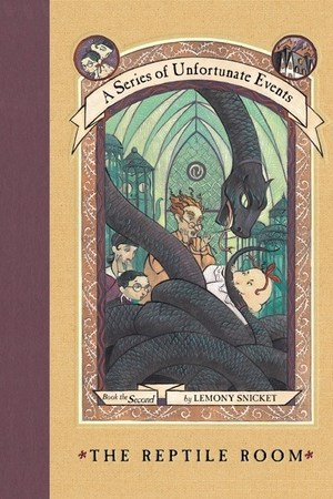 Reading books The Reptile Room (A Series of Unfortunate Events, #2)