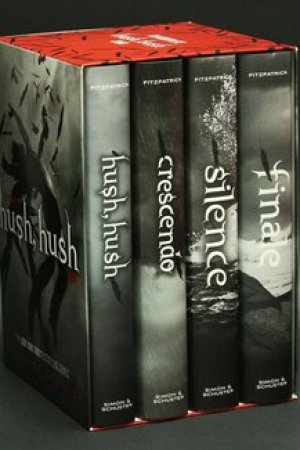 Reading books The Complete Hush, Hush Saga: Hush, Hush; Crescendo; Silence; Finale