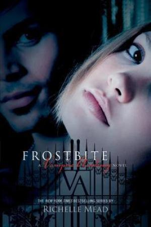 Reading books Frostbite (Vampire Academy, #2)