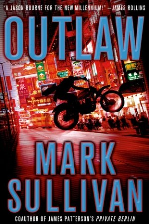 Reading books Outlaw (Robin Monarch, #2)