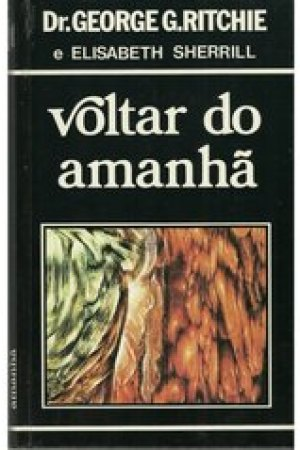 Reading books Voltar do Amanh