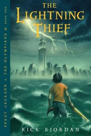 Reading books The Lightning Thief (Percy Jackson and the Olympians, #1)
