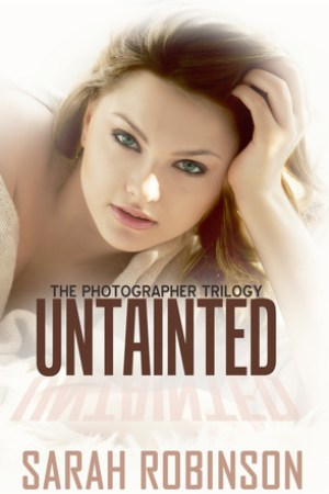 read online Untainted (Photographer Trilogy, #3)