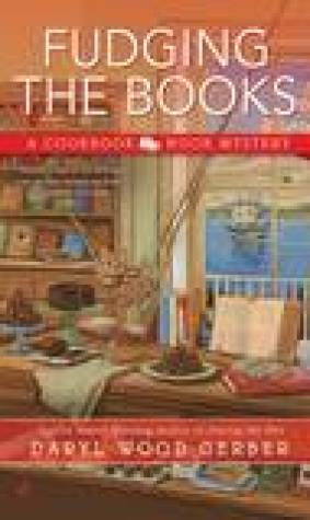 Fudging the Books (Cookbook Nook Mystery, #4)