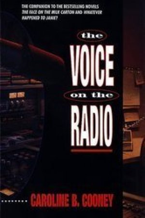 Reading books The Voice on the Radio (Janie Johnson, #3)