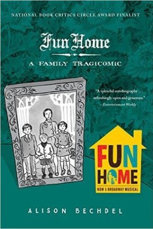 Reading books Fun Home: A Family Tragicomic