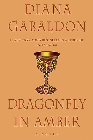 Reading books Dragonfly in Amber (Outlander, #2)