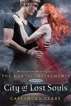 Reading books City of Lost Souls (The Mortal Instruments, #5)