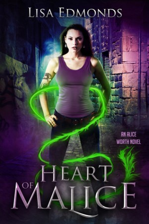Reading books Heart of Malice (Alice Worth, #1)