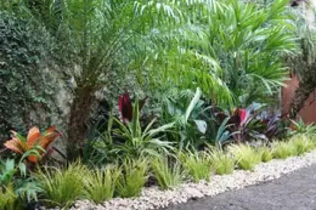 Vườn by Estudio Nicolas Pierry: Diseño en Arquitectura de Paisajes & Jardines