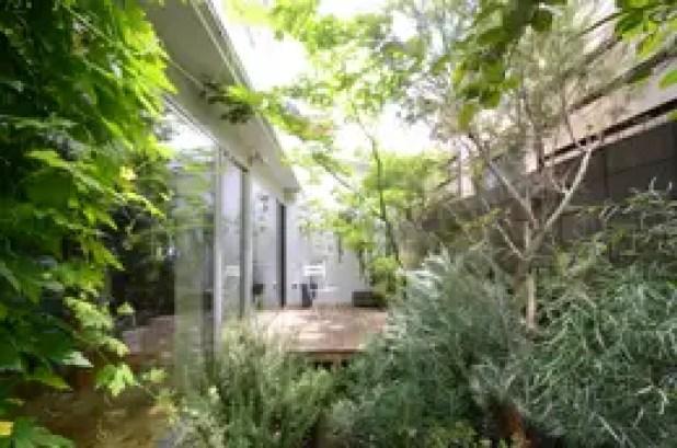 Vườn by ディンプル建築設計事務所