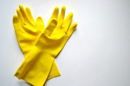 2014-12-07-Gloves570.jpg