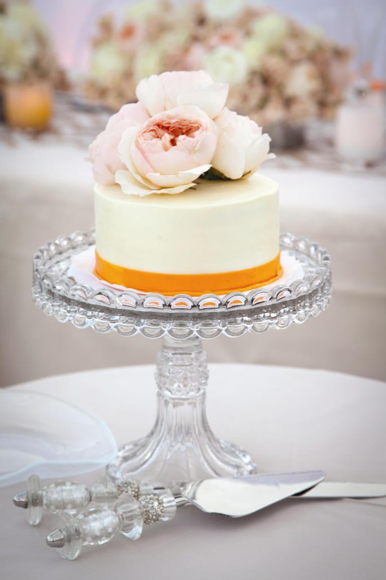wedding cakes too pretty to eat b wedding cakes ideas 04 08 cake3