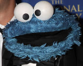 2015-07-02-1435863535-2635888-depositphotos_48404605CookieMonster.jpg