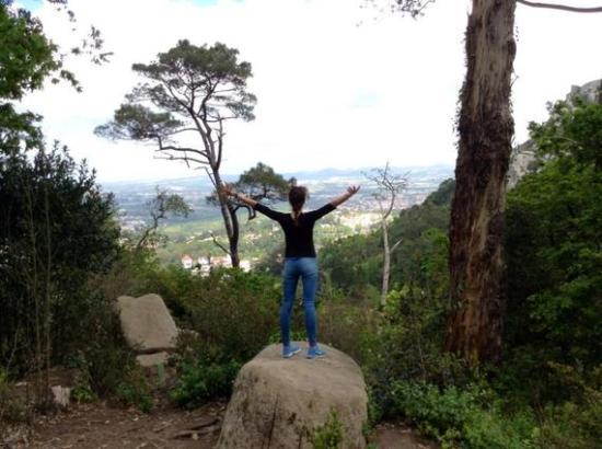 2015-08-21-1440168722-2325103-hiking.jpg