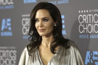 Depuis qu'Angelina Jolie a subi une intervention préventive... (Archives AP)
