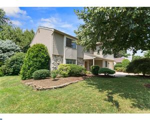 Photo of 8 OLDE SPRINGS LN, CHERRY HILL, NJ 08034 (MLS # 7017290)