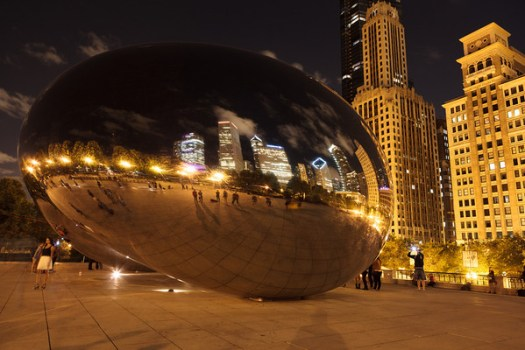 Photograph of The Bean in Chicago at night