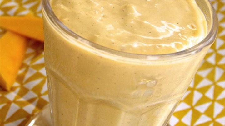 Paleo Peanut Butter Mango Smoothie