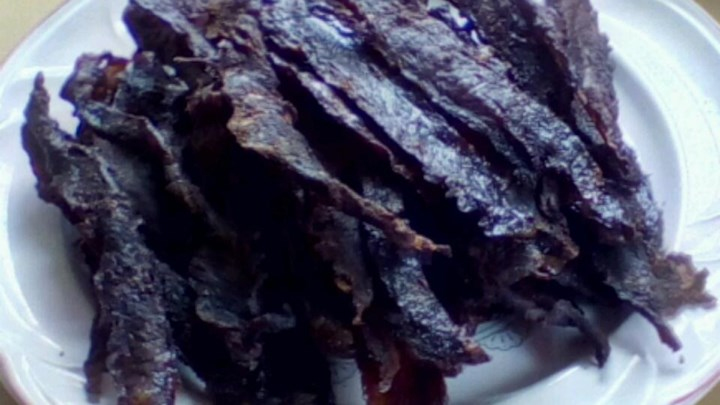 Paleo Midg's Mouth Watering Beef Jerky