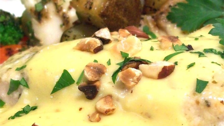 Paleo Blender Sauce Noisette (Hollandaise with Hazelnut Butter)