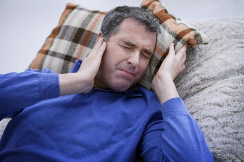 Hi, tinnitus is reported as a rare potential side effect, so chances are it won't affect you 3