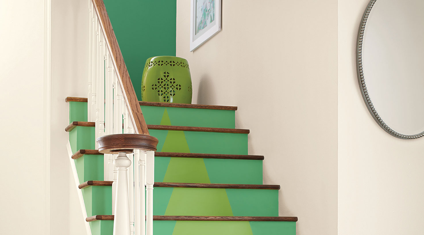 Phantasy Stairway Greens Stairway Paint Color Inspiration Gallery Sherwin Williams Emerald Paint Cabinets Sherwin Williams Emerald Game houzz 01 Sherwin Williams Emerald