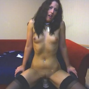 Camwhore Bethany sits down on a huge toy and stretches out her tight pussy