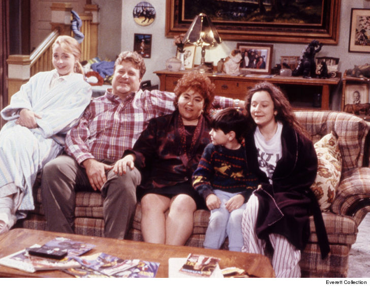 Roseanne  Original Couch Not in Smithsonian as John Goodman Claimed     Roseanne Barr and John Goodman ruffled some feathers when they told Jimmy  Kimmel the original  Roseanne  couch is with the Smithsonian and that s why  they