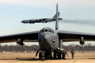 B-52 bombers, which have played a key role in the U.S. air campaign over Mosul, can carry up to 70,000 pounds of bombs. (US Air Force photo/Robert Horstman)
