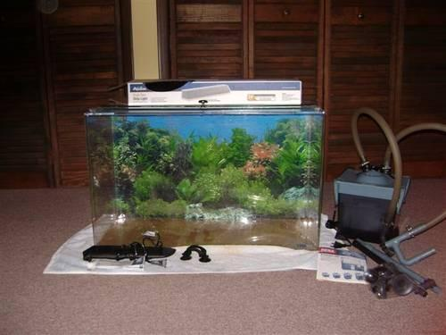 TruVu acrylic aquarium with accessories for Sale in Roanoke, Virginia