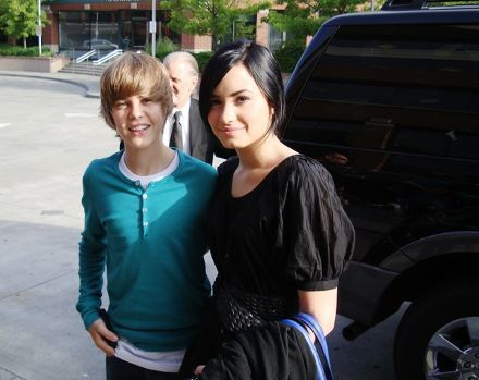 Jutin Bieber and Demi Lovato - justin-bieber photo