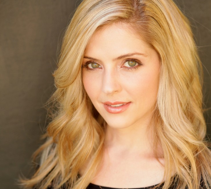 Jen Lilley As Maxie Jones Relationships Family Jones Parents Frisco