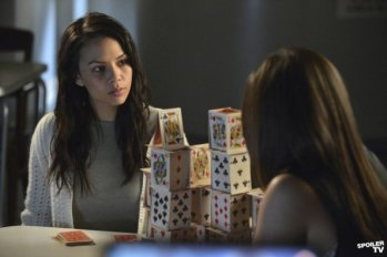 Pretty Little Liars - Crazy Online S03E07