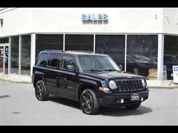 Used Cars Queensbury NY   Used Cars   Trucks NY   Queensbury Auto Mall 2011 Jeep Patriot