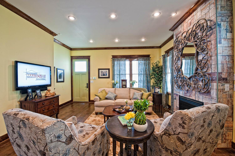 extreme makeover home edition joplin missouri images in tile usa. Black Bedroom Furniture Sets. Home Design Ideas