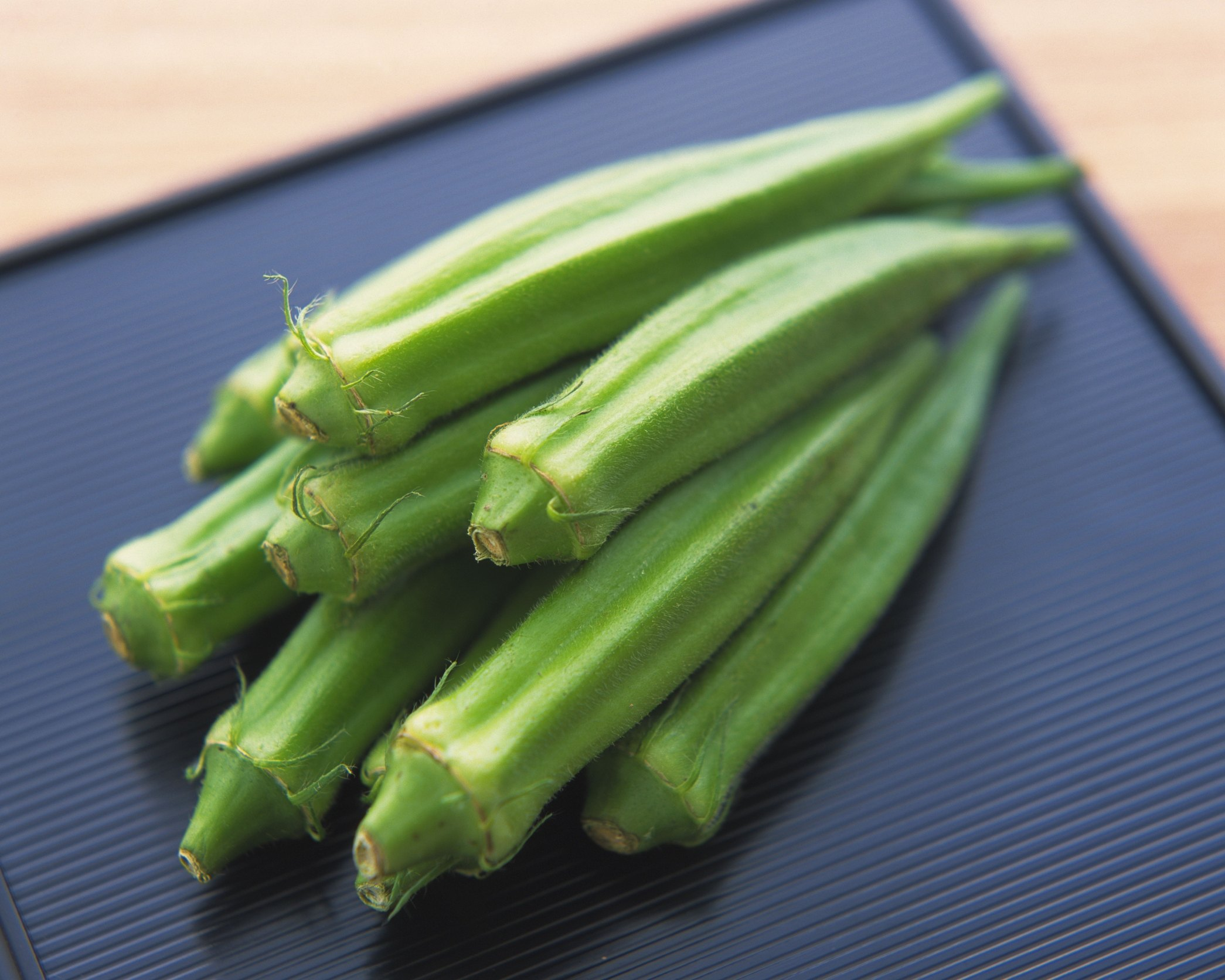Staggering Freezer Bags How To Freeze Okra Out How To Tell When Okra Is Ripe Ehow How To Freeze Okra Garden houzz 01 How To Freeze Okra