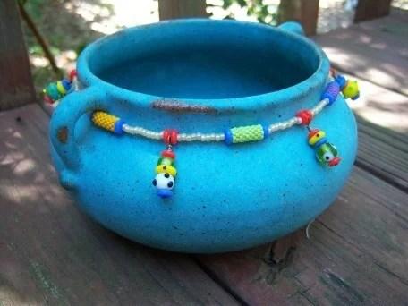 украшение керамики бисером